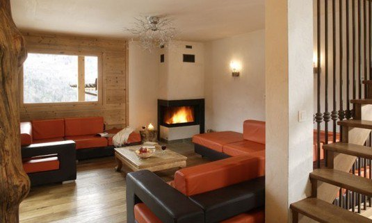 Chalet Laetitia with fireplace
