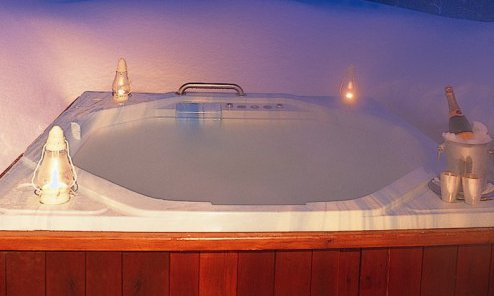 Chalet Les Brames Hot Tub