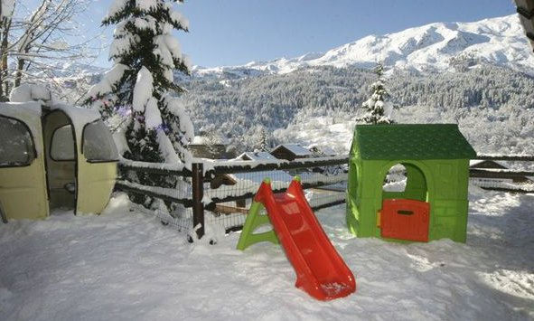 Chalet Marmotton Play Area