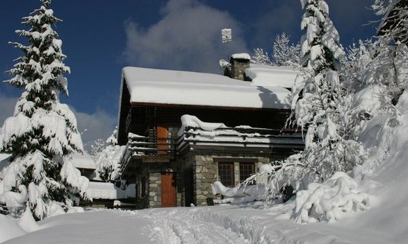 Chalet Marmotton in the Snow
