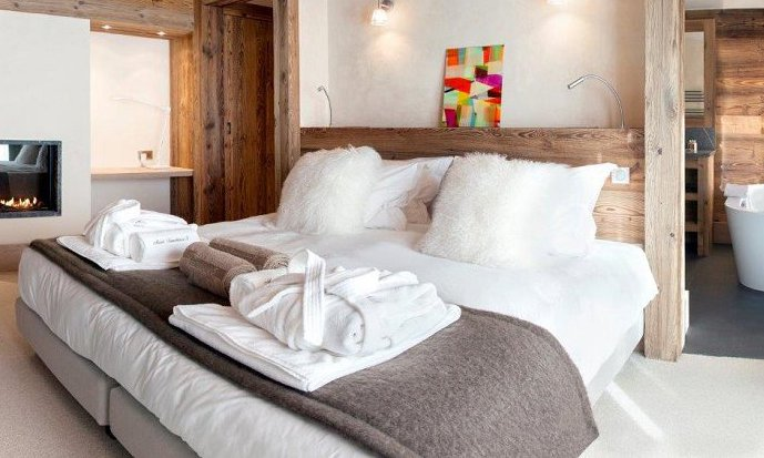 Chalet Mont Tremblant Luxury Bedroom