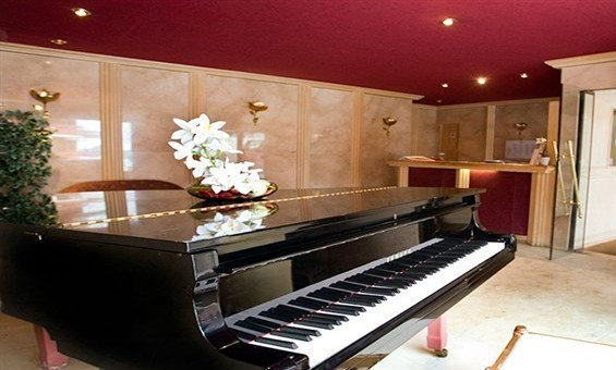 Chalet Hotel Tarentaise Piano