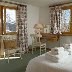 Chalet Loden Double Bedroom