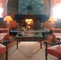 Hotel Le Mont Vallon Roaring Fire