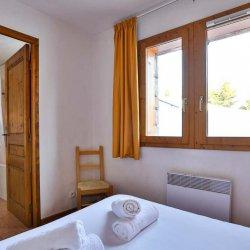 Chalet Natalia 2 en suite bedroom