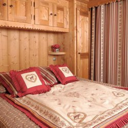 Apartment double bedroom