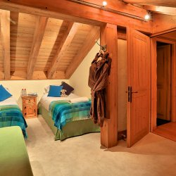Cosy Twin Bedroom