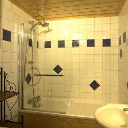 Chalet Emilie Bathroom