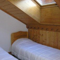Twin bedroom in Apartment Fermes de Meribel FERD413