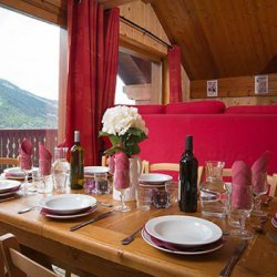 Chalet Lilas dining room with a view