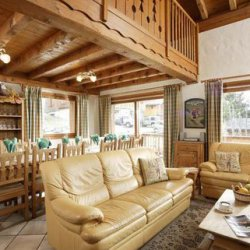 Chalet Astemy living area