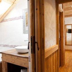 Chalet Ecureuil Bathroom