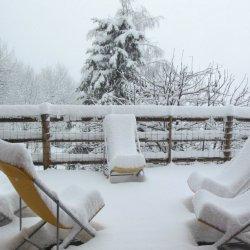 Snowy terrace at chalet La Fugue Meribel