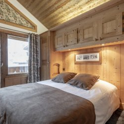 Double bedroom in 6 person Apartment Hotel L'Eterlou