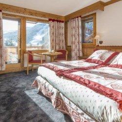 Bedroom in 2 bedroom 4 person Family room in Hotel L'Eterlou