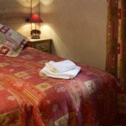 Chalet Trois Coeurs Bedroom Meribel