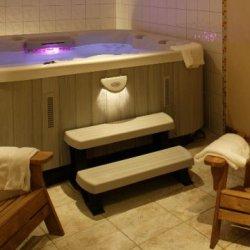 Chalet Trois Coeurs Meribel Hot Tub
