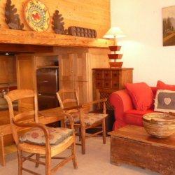 Living room in apartment Petaru Meribel