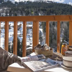The balcony of apartments Les Ravines in Meribel