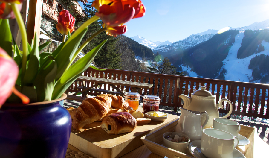 Chalet Sorbier Breakfast with View