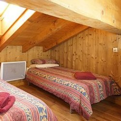 Chalet Delfina Twin Bedroom