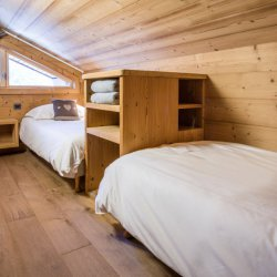 Chalet Le Pousse Caillou Twin Bedroom