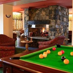Chalet Hotel Tarentaise Pool Table