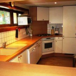 Kitchen area in Chalet Altitude 1600 in Meribel