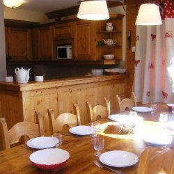 Dining and kitchen area in Chalet Morel in Meribel