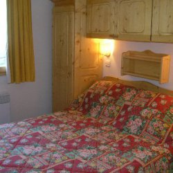 Double bedroom in Apartment Grand Duc in Meribel