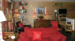 The comfortable living area in apartment Le Coeur de Meribel